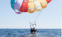 parasailing and parasail glide
